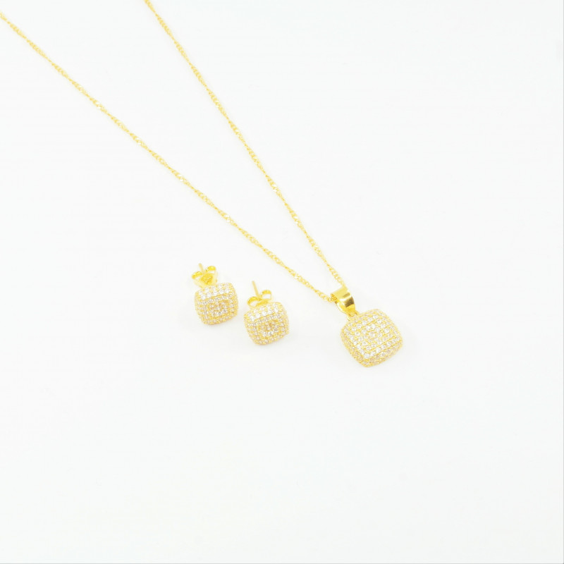 Cushion Shaped C/Z Pendant Set - 1